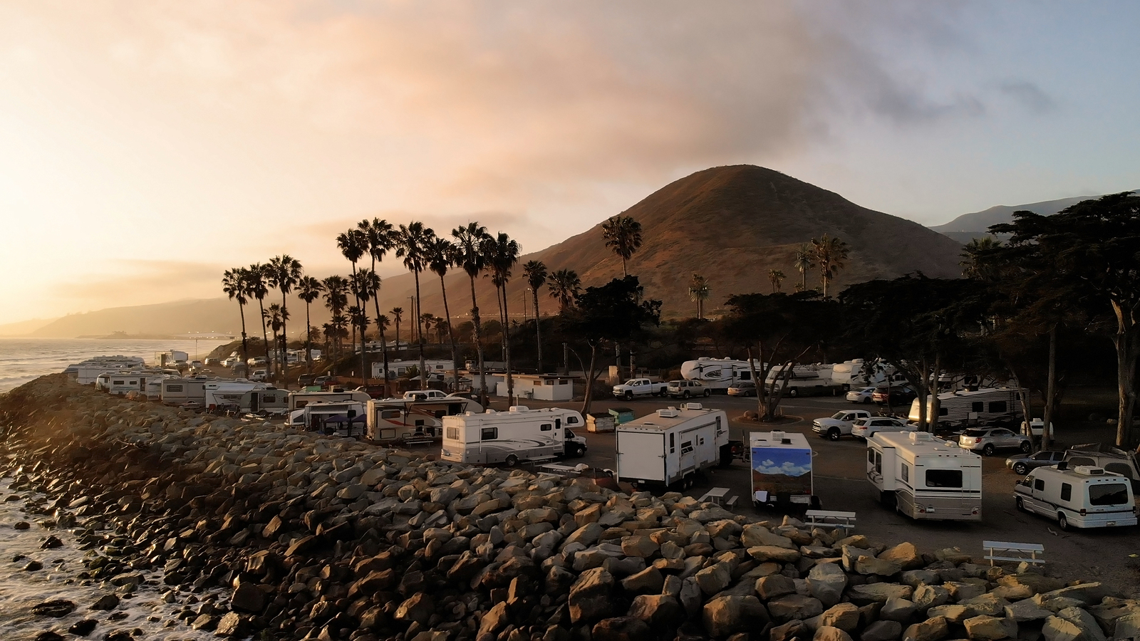 Empty nesters: Why you should become an RVing travel therapist